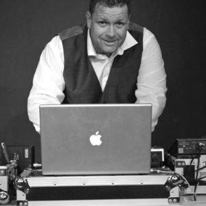 Rainer Pust Veranstaltungstechniker und DJ bei Pro-Dj-Lightning Veranstaltungstechnik